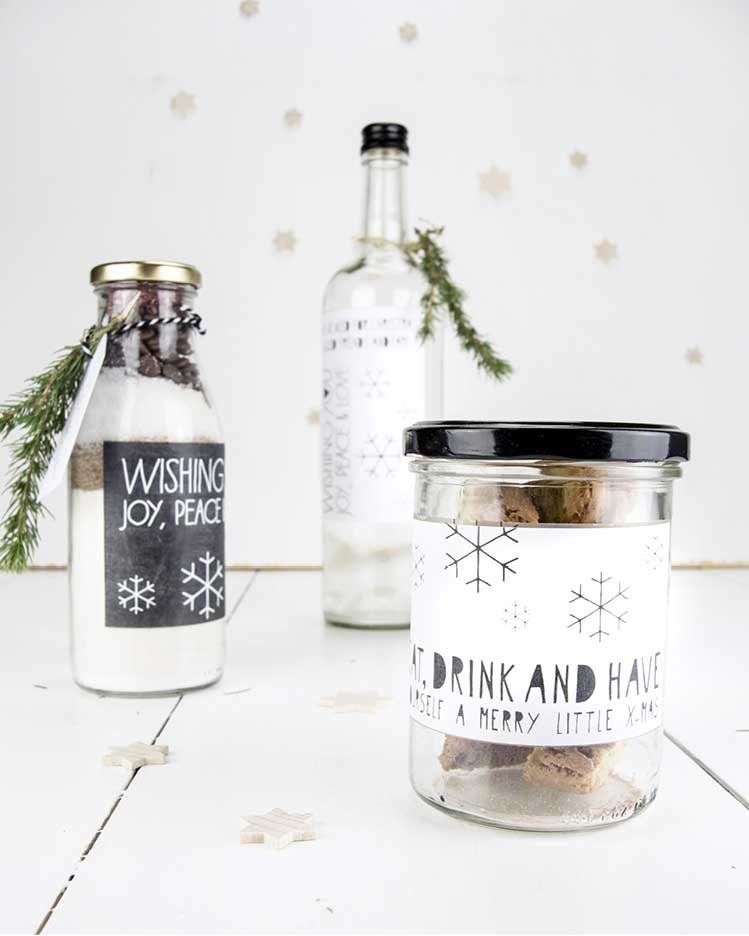 Kostenlose Druckvorlagen Weihnachten in Schwarz Weiss - Etiketten - Labels
