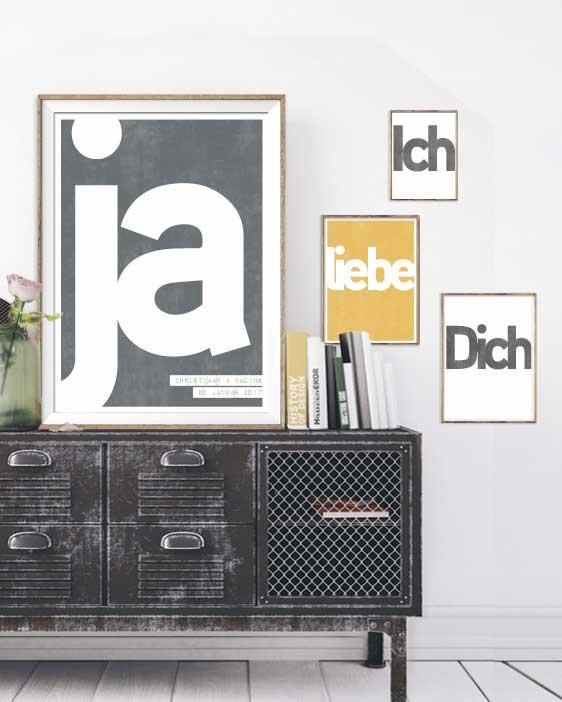 Text Poster Word selbst gestalten. Wandcollage mit personalisierten Postern mit eigenem Text von Printcandy