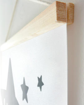 Personalisierte Leinwand zur Geburt mit Stern und Namen selbst gestalten